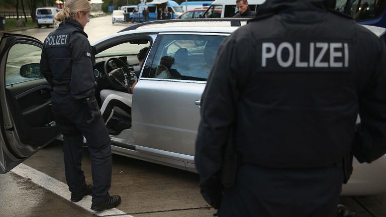 Експлозия разтърси блок в Малмьо