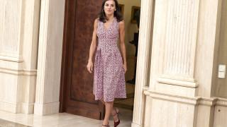 Кралица Летисия с поредната евтина дреха