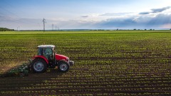 Селскостопанският труд е с най-ниска производителност, отчита НСИ