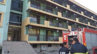 Голям пожар в старчески дом във Варна