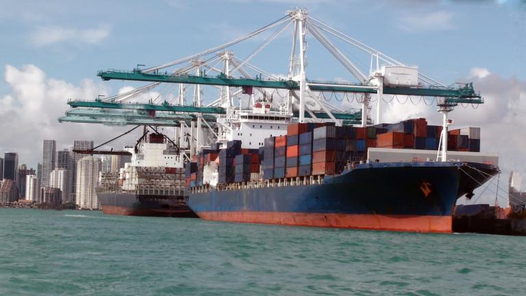 Китай и САЩ вече налагат мита и върху търговия, която не съществува