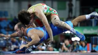 България очаква първия си медал от Мондиала по борба