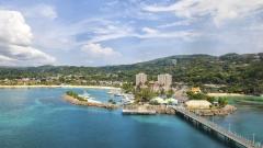 Държавата, която печели от ураганите в Карибско море