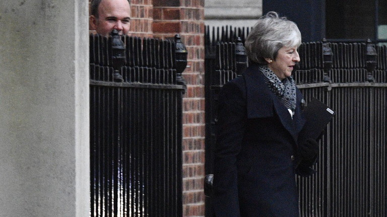 Мей пред депутатите: Историята ще ви съди, Брекзит без сделка е заплаха за страната