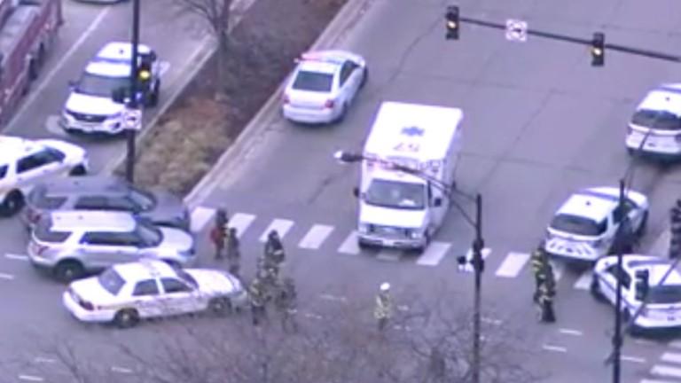 Стрелба е станала до болница в Чикаго. Има жертви, съобщава
