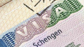 ЕС се отказа от въвеждането на визи за американски граждани
