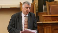 Българската оръжейна индустрия е в опасност, стреснат Румен Гечев