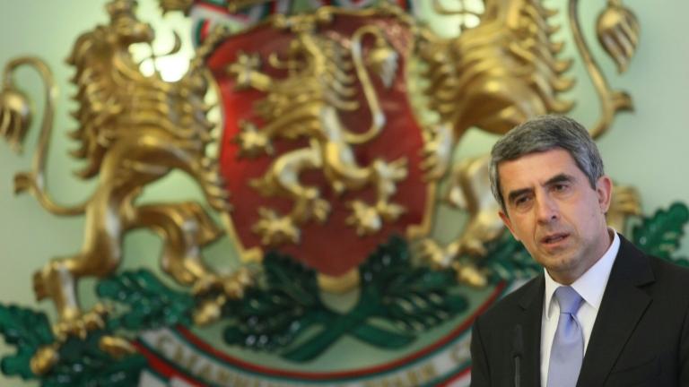 Плевнелиев призова за стабилност в Турция след опита за военен преврат