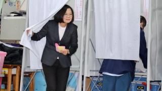 Антикитайският президент на Тайван Цай Ингвен преизбрана
