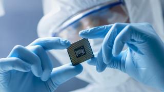 Новата цел на Facebook: да произвежда чипове