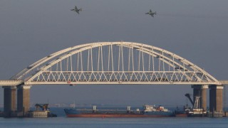 Сблъсъкът между Русия и Украйна в Керченския проток заплашва износа през Черно море