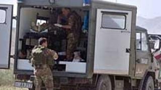 10 полицаи загинаха след самоубийствен атентат в Афганистан