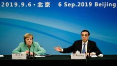 Меркел в Пекин: Трябва да се гарантират правата и свободите на Хонконг