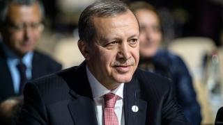 Зукърбърг изпрати послание до мюсюлманите. Ердоган му отговори