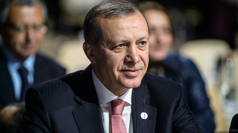 Ердоган спасил мъж от самоубийство