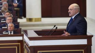 Лукашенко плаши със световна война при конфликт в Беларус