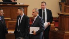 Цветанов отсече: Дукова давала сигнал за неработещо устройство