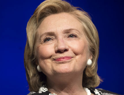 Хилари Клинтън настоява за по-сериозен натиск срещу Русия и Путин
