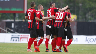 Битката за Първа лига: Витоша - Локомотив (София) 0:0