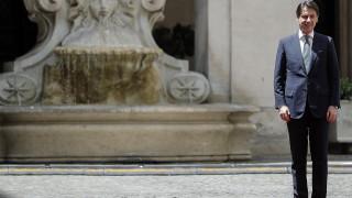 Меркел телефонира на италианския премиер заради недоразумение за миграцията