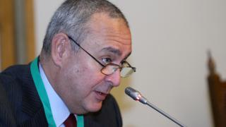 Плевнелиев съставя служебно правителство, Радев разпуска парламента