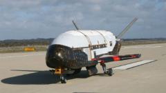 Мистериозен американски военен космически самолет се завърна на Земята