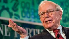 Третият най-богат човек има $100 милиарда свободни средства. И не е доволен