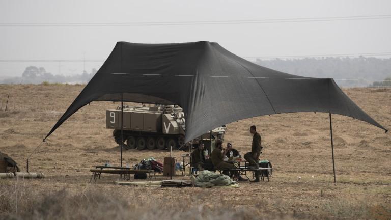 Израел разполага танкове, бронирани машини и техника по границата с