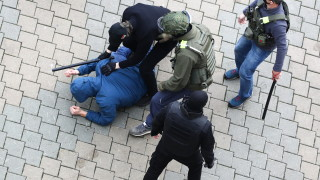В Минск арестуваха Мис Беларус 2008 Олга Хижинкова на протест