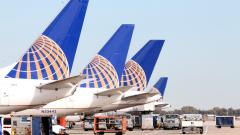 Компютърен срив приземи авиокомпания United Airlines