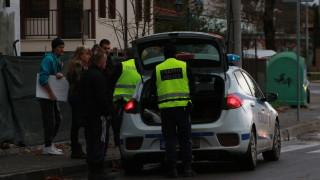 Шофьор помете дете на пешеходна пътека в Казанлък и опита да избяга