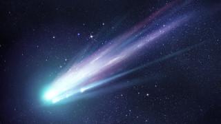 Метеор озари небето над Лапландия