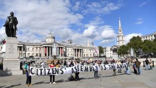 600 задържани на протести за климата в Лондон