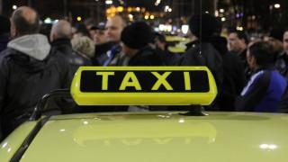 Ямболски таксиджии протестират заради прострелян колега