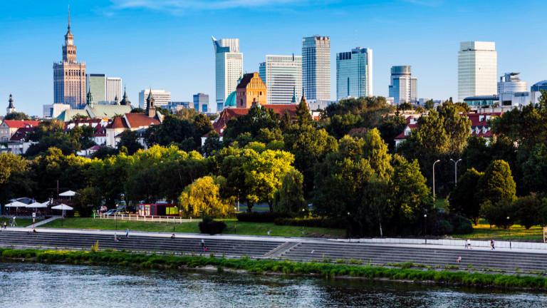 Полша харчи сума, колкото 9% от БВП, за да подкрепи икономиката си