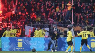 Футболистите на Ботев се разминаха с глобите