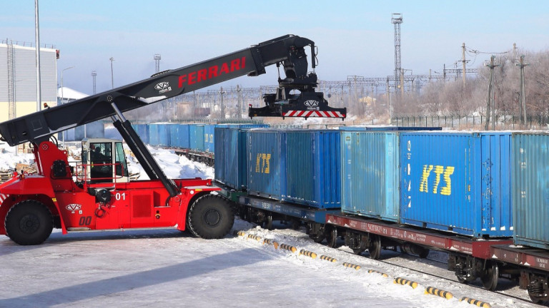 Казахстан и Китай търгуват все по-активно