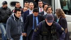 Гърция няма да екстрадира 8 войници, избягали след неуспешния пуч в Турция