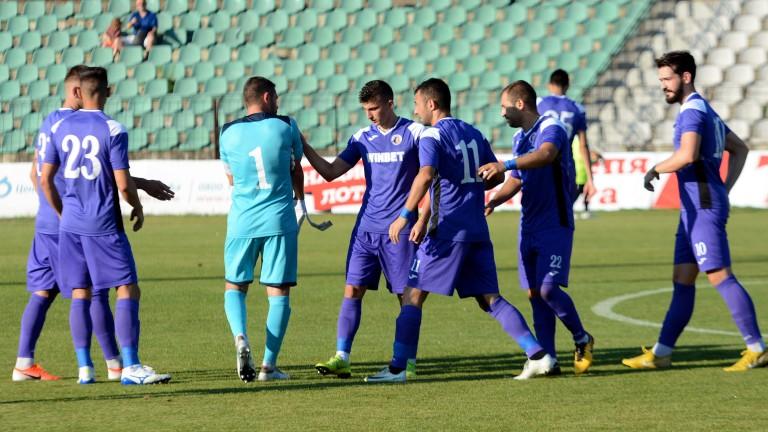 Ботев (Гълъбово) от Втора лига поднесе изненадата срещу Етър