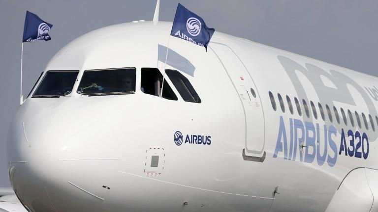 От ден първи на авиошоуто в Париж, което е най-голямото