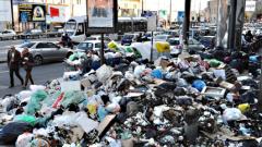 Италия спасява Неапол от боклука