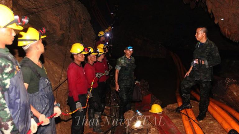 Не спешавайте спасителите, призова шефът на операцията за извеждане на тайланските деца