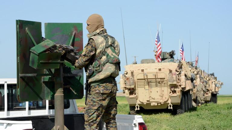 САЩ остават с ключов гарнизон до Ирак, твърдят сирийски бунтовници