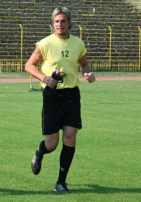 И Славчо Тошев става треньор