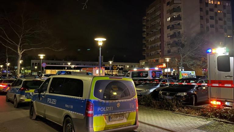 Неизвестни лица застреляха 8 души в два бара в германския Ханау