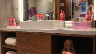 Производителят на играчките Barbie повишава цените преди Коледа