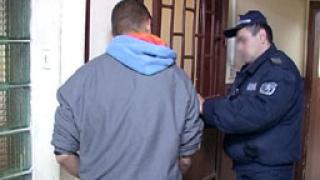Хванаха тийнейджър, обрал пет жени в Пловдив