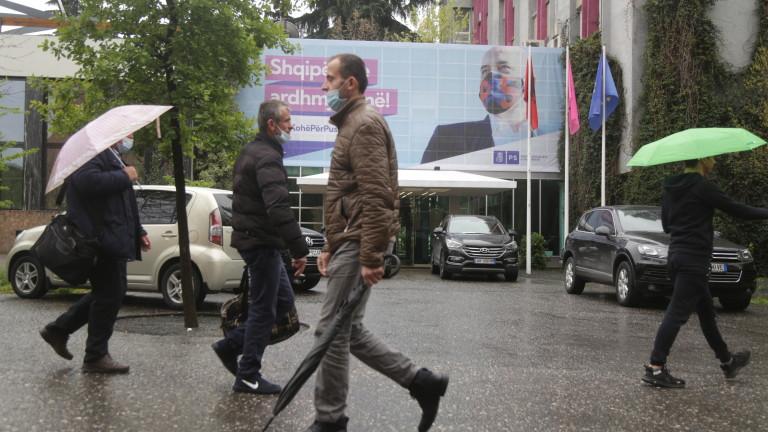 Албания провежда днес парламентарни избори, предаде АП. Вотът ще се