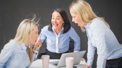 Навиците, които ни правят по-малко атрактивни сред колегите