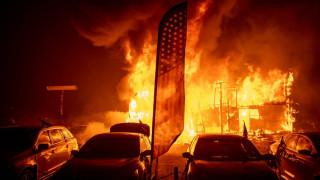 Най-малко 56 загинали и 130 изчезнали в огнения ад на Калифорния